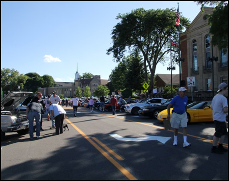 Riverfront Car Cruise - Cuyahoga Falls